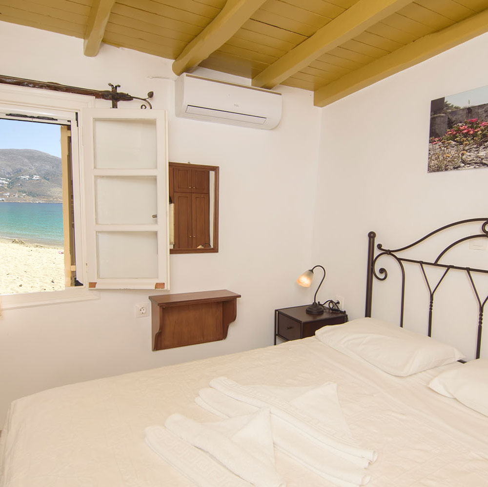 Levrossos Beach Apartments Amorgos