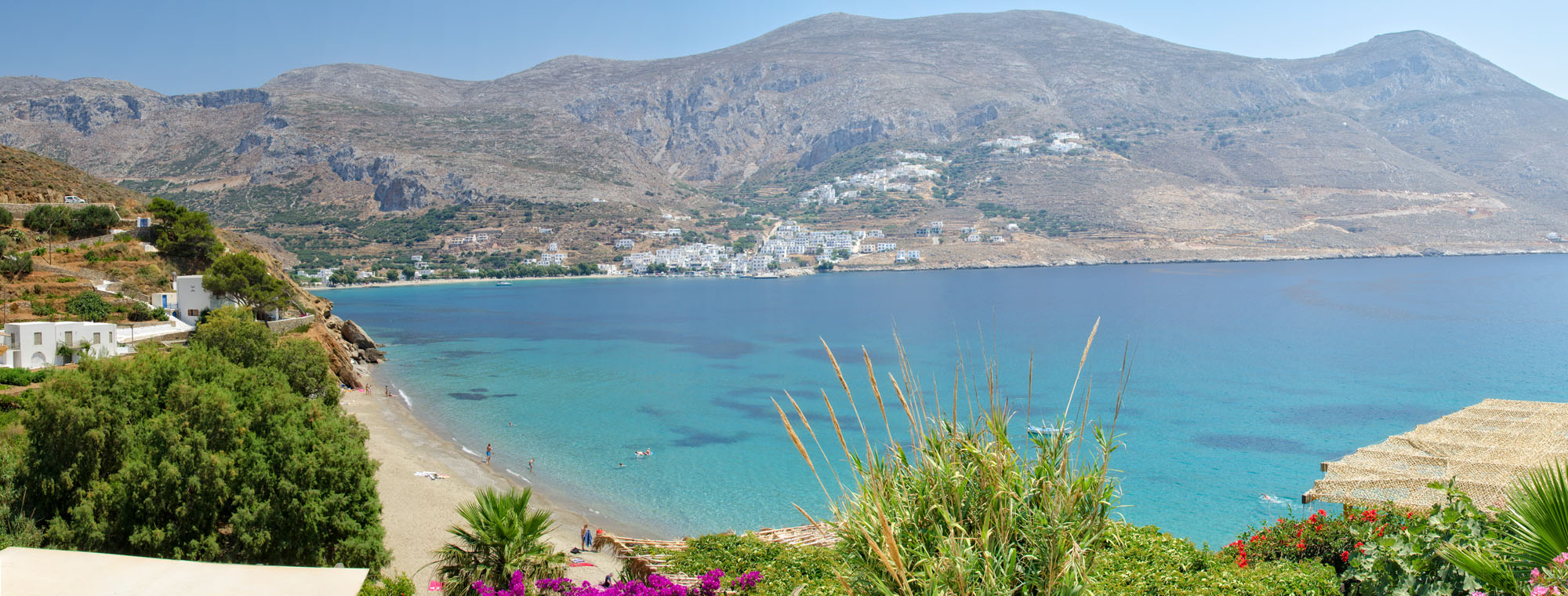 Levrossos beach